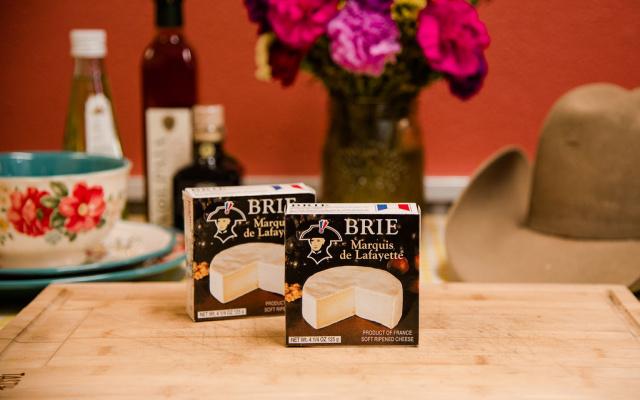 Brie Marquis de Lafayette Cheese